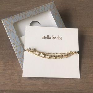 Brand New!  Delicate Petal Bracelet